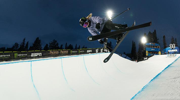 Cassie Sharpe soaring above a half-pipe course.