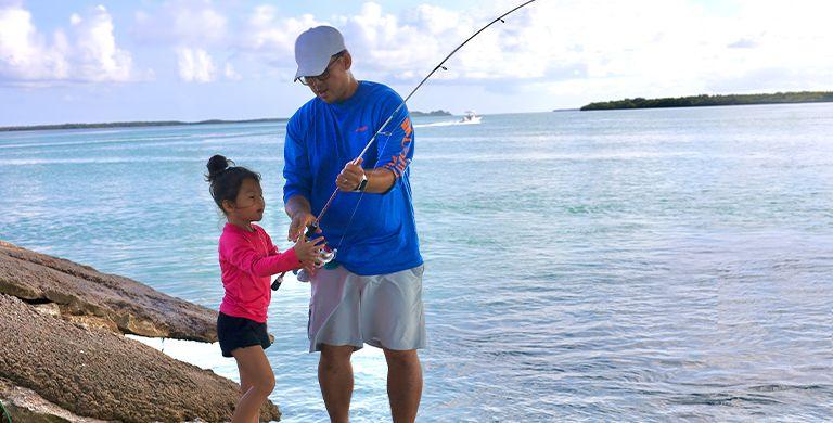这里列出的所有爱冒险的爸爸都有一个共同点:渴望与孩子分享他们对户外的热爱。