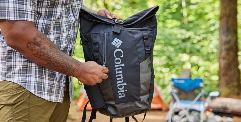 当谈到选择背包时,很难知道从哪里开始。从徒步旅行背包到城市行李袋,这里为你挑选合适的背包提供指导。