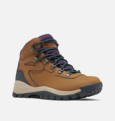 Women's Newton Ridge™ Plus Waterproof Hiking Boot - Wide NEWTON RIDGE™ PLUS WIDE | 052 | 10, Light Brown, Cyber Purple, 3/4 front