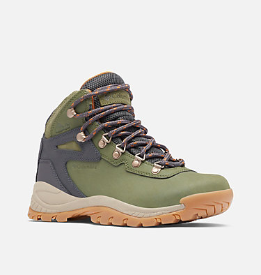 Women's Newton Ridge™ Plus Waterproof Hiking Boot - Wide NEWTON RIDGE™ PLUS WIDE | 052 | 10, Hiker Green, Caramel, 3/4 front