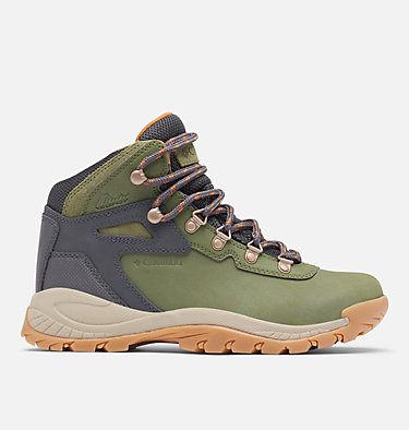 Women's Newton Ridge™ Plus Waterproof Hiking Boot - Wide NEWTON RIDGE™ PLUS WIDE | 052 | 10, Hiker Green, Caramel, front