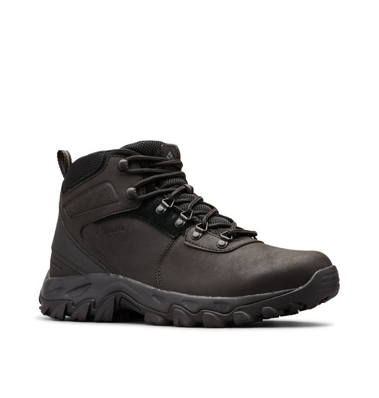 NEWTON RIDGE™ PLUS II WATERPROOF | 011 | 12 Men's Newton Ridge™ Plus II Waterproof Hiking Boot, Black, Black, 3/4 front