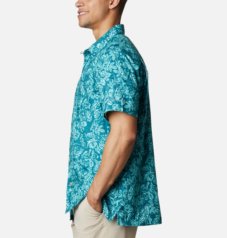 Super Slack Tide™ Camp Shirt | 340 | M Men's PFG Super Slack Tide™ Camp Shirt, Aegean Blue Flatslam Tropical Print, a1