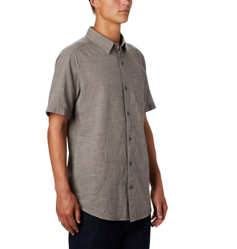 Men's Under Exposure™ Yarn-Dye Short Sleeve Shirt Men's Under Exposure™ Yarn-Dye Short Sleeve Shirt, a3