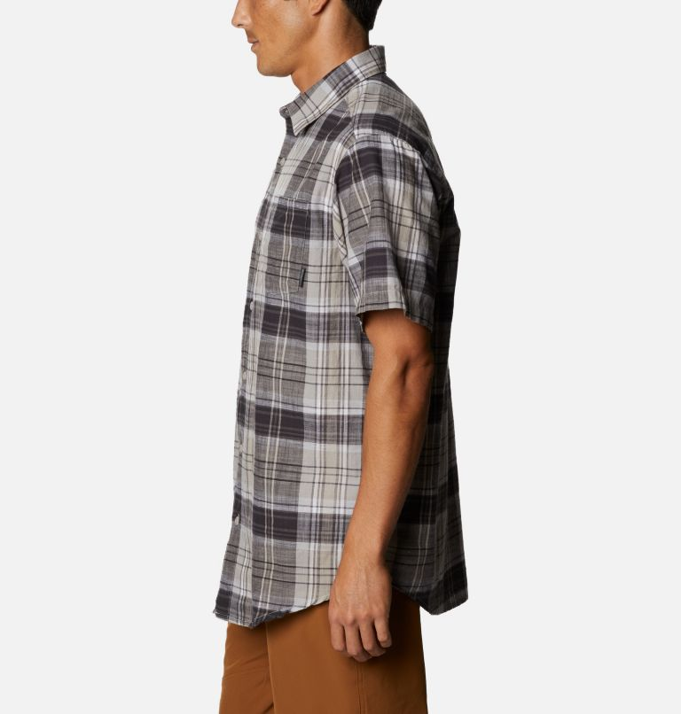 Men's Under Exposure™ Yarn-Dye Short Sleeve Shirt Men's Under Exposure™ Yarn-Dye Short Sleeve Shirt, a1
