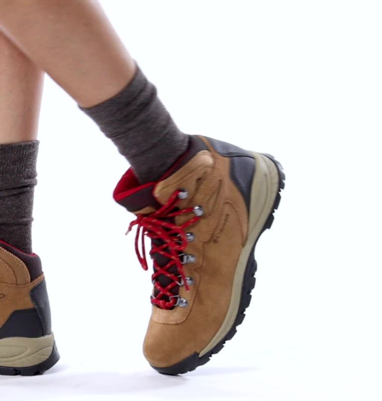NEWTON RIDGE™ PLUS WATERPROOF AMPED | 286 | 10.5 Women's Newton Ridge™ Plus Waterproof Amped Hiking Boot, Elk, Mountain Red, video
