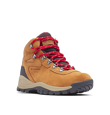 Women's Newton Ridge™ Plus Waterproof Amped Hiking Boot - Wide NEWTON RIDGE™ PLUS WATERPROOF AMPED WIDE | 012 | 10.5, Elk, Mountain Red, 3/4 front