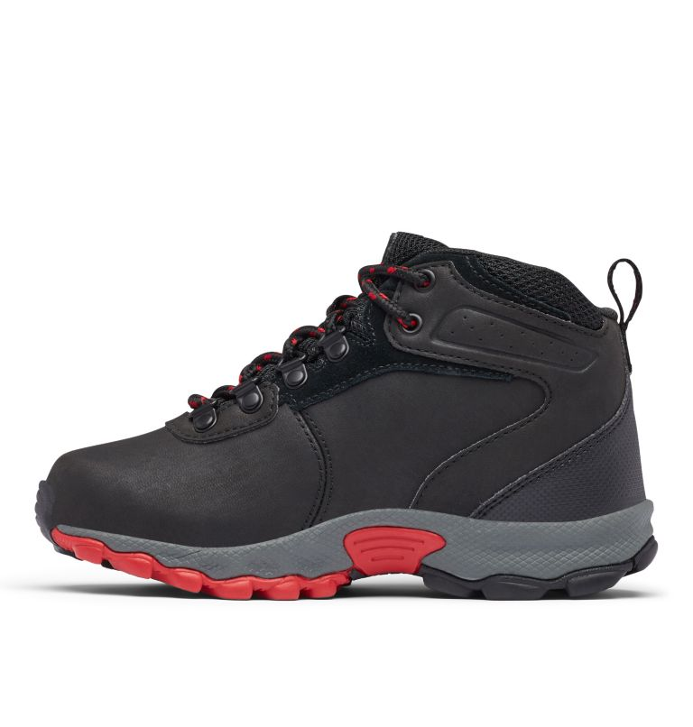 YOUTH NEWTON RIDGE™ WIDE | 010 | 6 Big Kids' Newton Ridge™ Waterproof Hiking Boot - Wide, Black, Mountain Red, medial