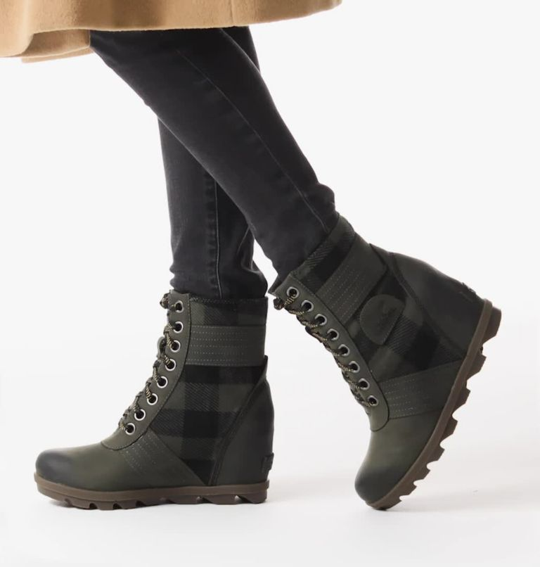 LEXIE™ WEDGE | 326 | 5 Women's Lexie™ Wedge Boot, Alpine Tundra, video