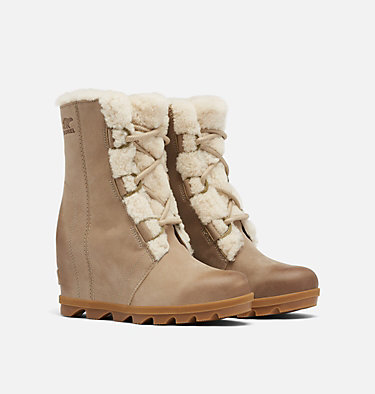 Women's Joan of Arctic™ Wedge II Shearling Boot JOAN OF ARCTIC™ WEDGE II SHEAR | 909 | 9.5, Sandy Tan, 3/4 front