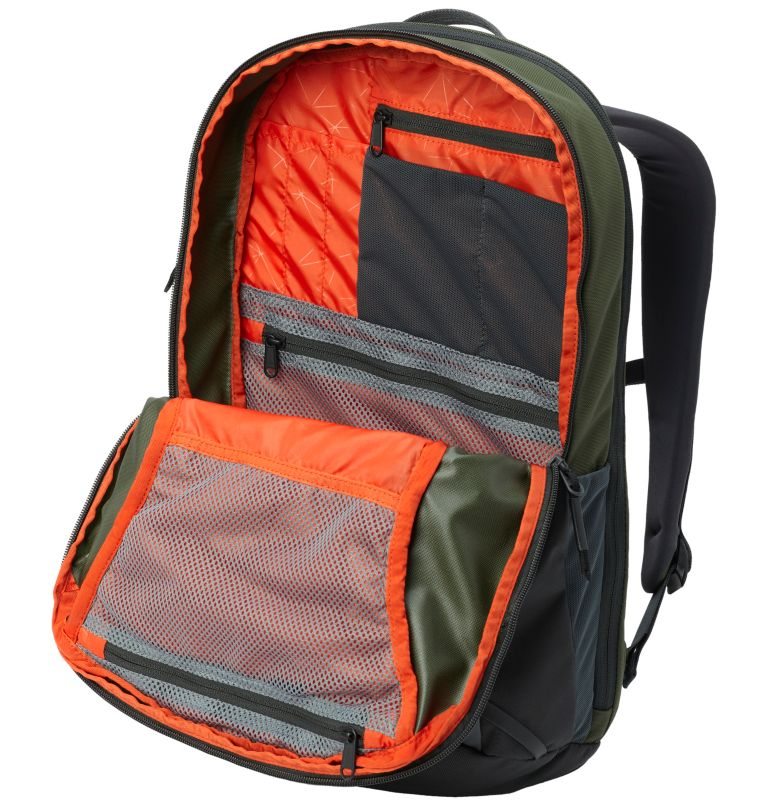Folsom™ 20 Backpack   347   R Folsom™ 20 Backpack, Surplus Green, Shark, a1