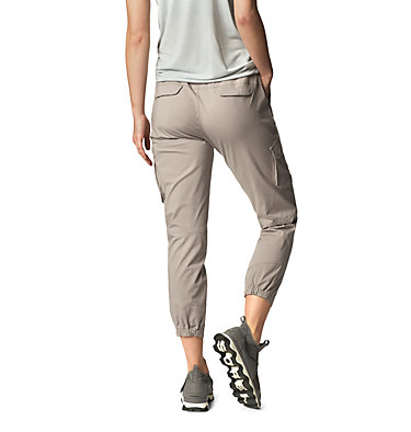 Women's Cascade Pass™ Cargo Pant Cascade Pass™ Cargo Pant | 205 | L, Mystic Purple, back
