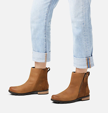 Women's Emelie™ Zip Bootie EMELIE™ ZIP BOOTIE | 224 | 5, Camel Brown, video