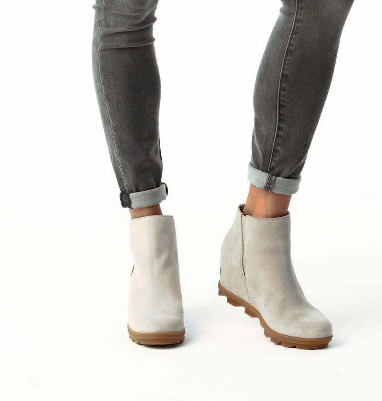 JOAN OF ARCTIC™ WEDGE II ZIP | 096 | 8 Womens Joan of Arctic™ Wedge II Zip Bootie, Soft Taupe, video