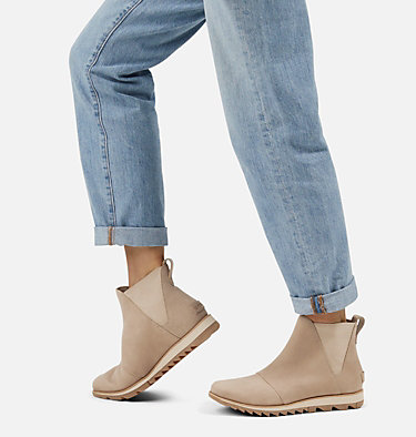 Women's Harlow™ Chelsea Bootie HARLOW™ CHELSEA | 224 | 6.5, Sandy Tan, video