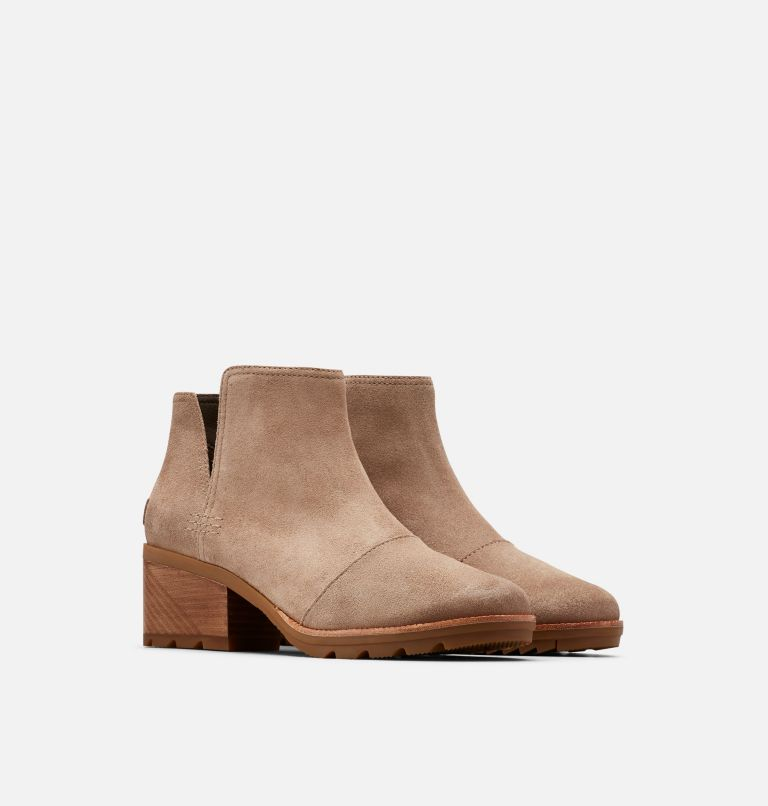CATE™ CUT OUT | 240 | 5.5 Women's Cate™ Cut-Out Bootie, Ash Brown, 3/4 front