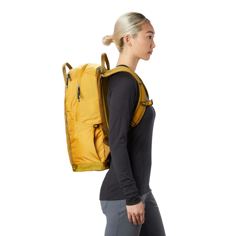 Camp 4™ 28 W Backpack   750   R Women's Camp 4™ 28 Backpack, Gold Hour, a1