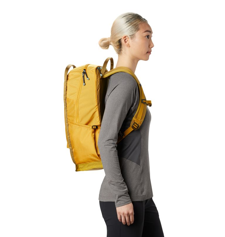Camp 4™ 21 W Backpack | 750 | R Women's Camp 4™ 21 Backpack, Gold Hour, a1