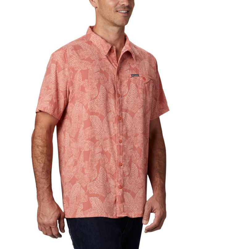 Lakeside Trail™ SS Shirt | 639 | M Men's Lakeside Trail™ Short Sleeve Shirt, Dark Coral Rad Palms Print, a3