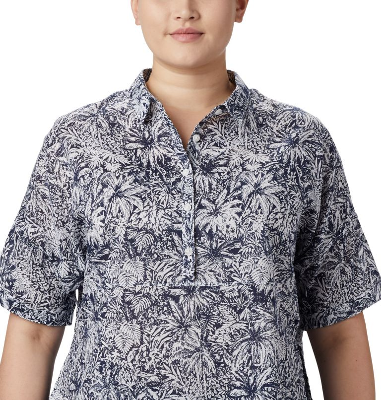 Sun Drifter™ 3/4 Sleeve Tunic | 468 | 2X Women's PFG Sun Drifter™ 3/4 Sleeve Tunic – Plus Size, Collegiate Navy Wilderness Print, a2