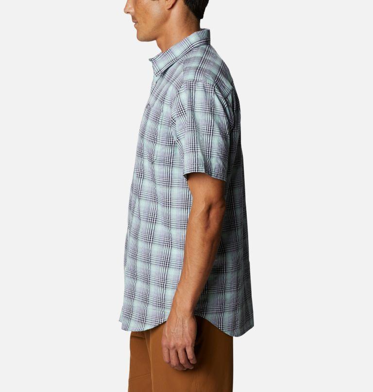 Men's Brentyn Trail™ Short Sleeve Seersucker Shirt Men's Brentyn Trail™ Short Sleeve Seersucker Shirt, a1