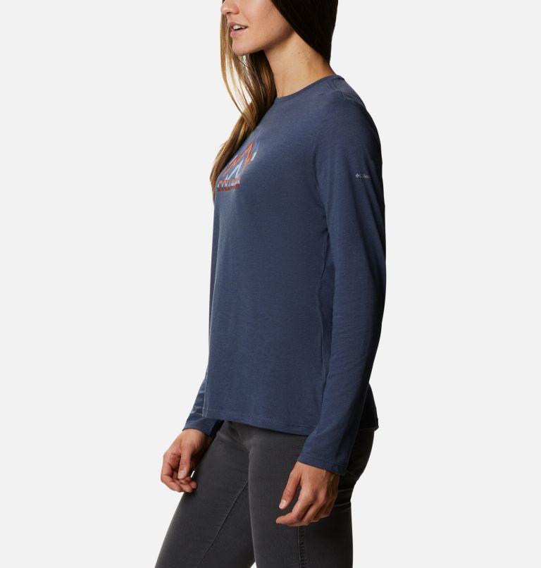 Women's Autumn Trek™ Long Sleeve Relaxed T-Shirt Women's Autumn Trek™ Long Sleeve Relaxed T-Shirt, a1