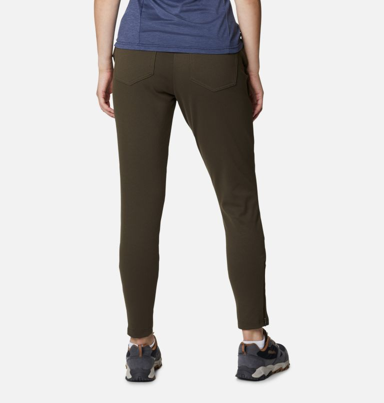 Women's Butte Hike™ Hybrid Cargo Pants Women's Butte Hike™ Hybrid Cargo Pants, back