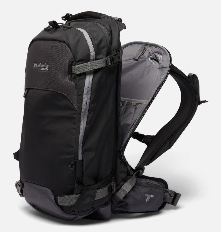 Peak Pursuit™ 32L Backpack | 010 | O/S Peak Pursuit™ 32L Backpack, Black, a1