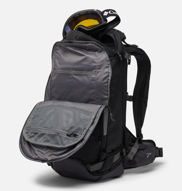 Peak Pursuit™ 32L Backpack | 010 | O/S Peak Pursuit™ 32L Backpack, Black, a2