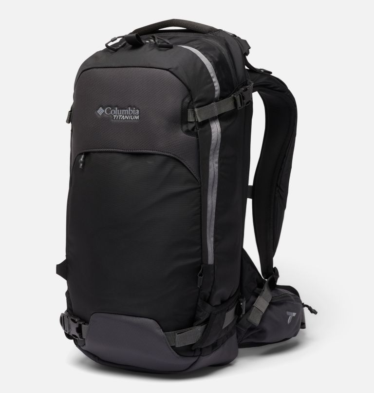 Peak Pursuit™ 32L Backpack | 010 | O/S Peak Pursuit™ 32L Backpack, Black, front