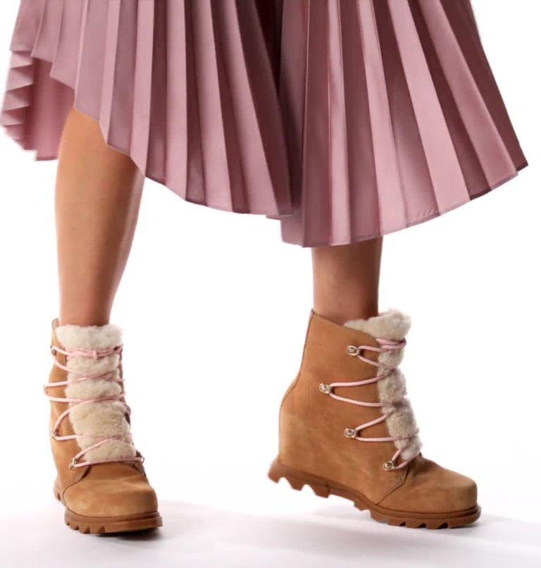 Women's Joan Of Arctic™ Wedge III Lace Cozy Bootie Women's Joan Of Arctic™ Wedge III Lace Cozy Bootie, video