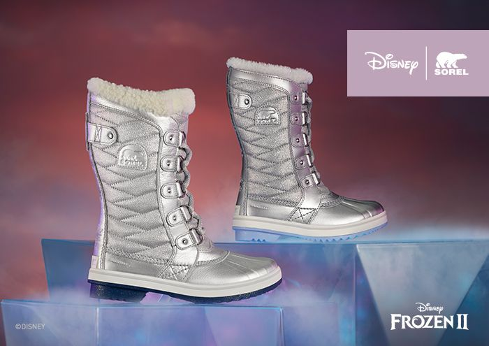 A youth and women's Tofino boot from the Disney Frozen 2 collection