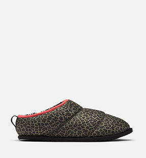 A Go Bodega Run Slipper