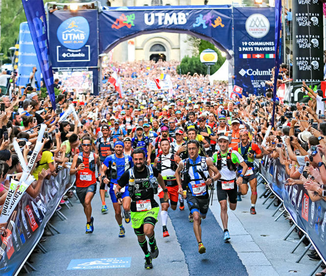 Runners at the start of the UTMB