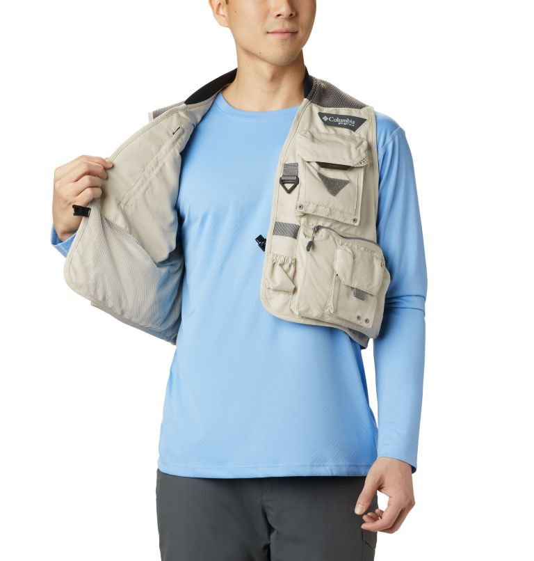 Henry's Fork™ V Vest | 160 | M Men's PFG Henry's Fork™ V Vest, Fossil, a3